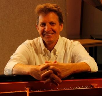 Brendan_Elbows_on_piano